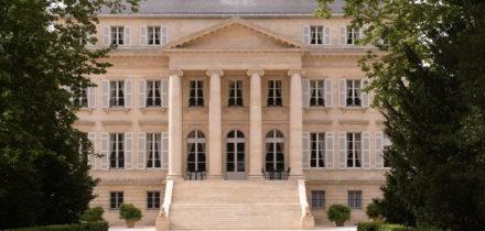 Private jet hire in Bordeaux