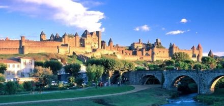 Private jet hire in Carcassonne