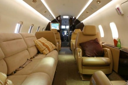 Challenger 300 Private Jet Hire