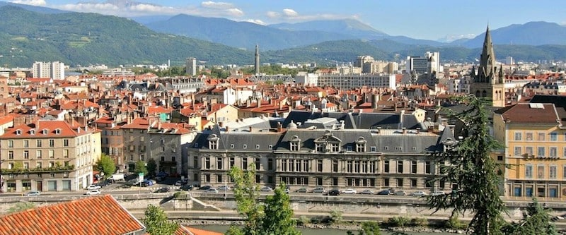 Private jet hire in Grenoble Isere