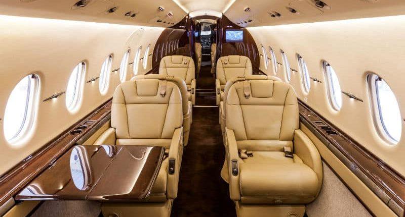 Hawker 4000 Private Jet Hire