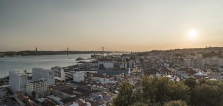 Private jet hire in Paris Lisbon