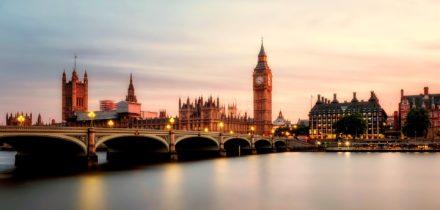 Private jet hire in London Farnborough