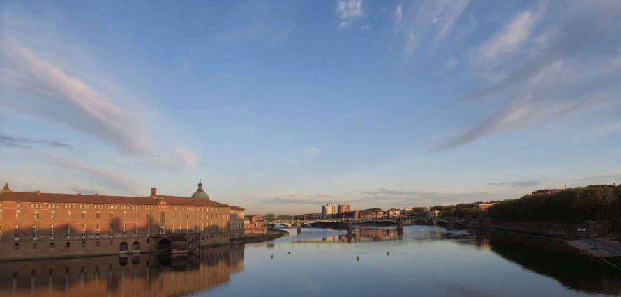 Private jet hire Paris Toulouse