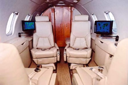 Learjet 40 Private Jet Hire