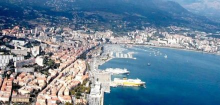 Private jet hire and helicopter in Paris Ajaccio