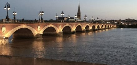Private jet hire and helicopter in Paris Bordeaux