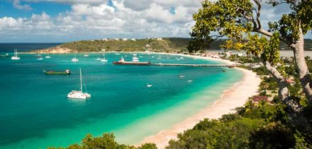 Private jet hire in Anguilla Airport