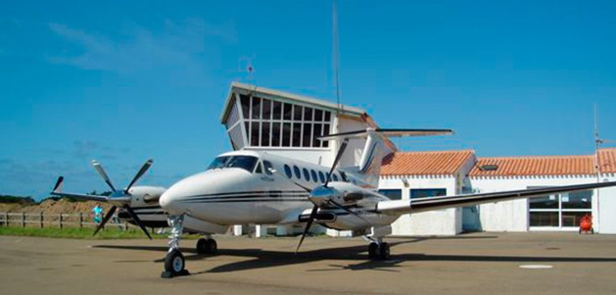 Private jet hire in Island Of Yeu