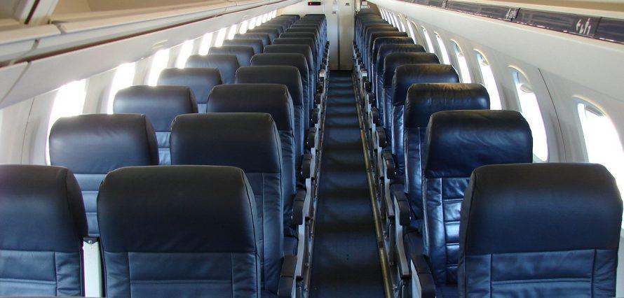 Embraer 145 intérieur