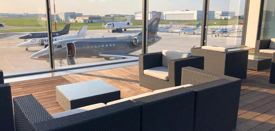 Terminal de jets privés FBO à l'aéroport de Paris Le - Bourget