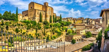 Private jet and helicopter hire in Siena