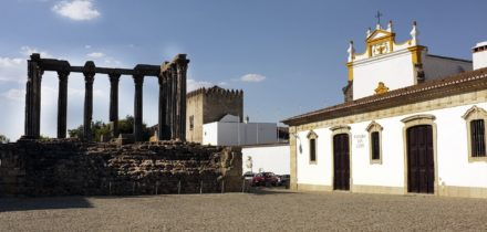 Private jet and helicopter hire in Evora